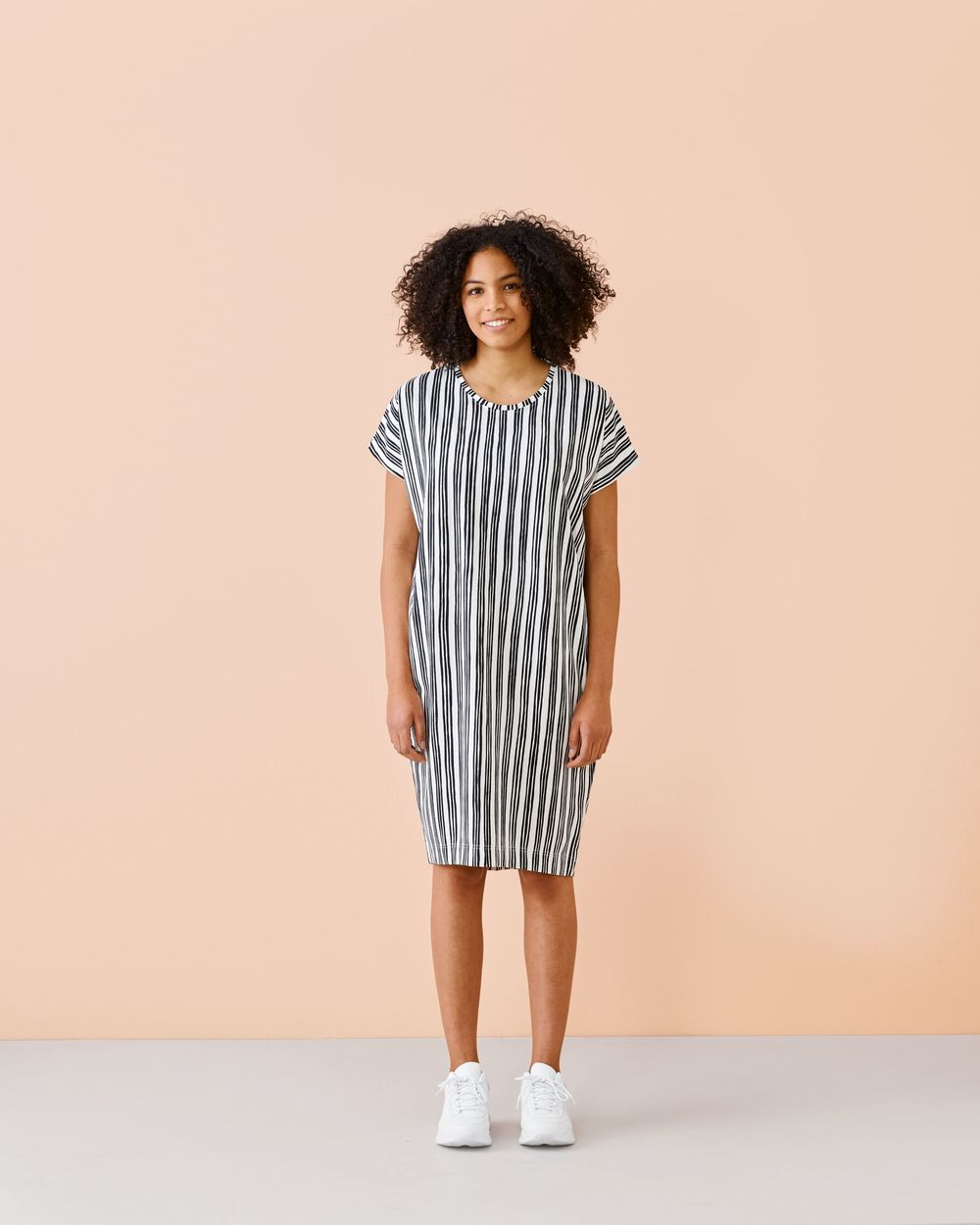 PAPU ADULT GIANT TEE DRESS, BLK/WHITE