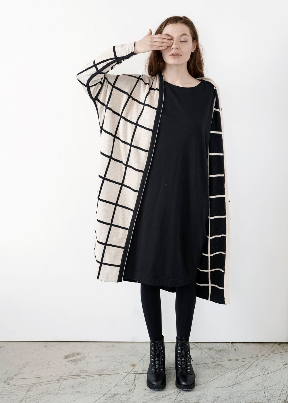 PAPU KNIT LONG CARDIGAN, GIANT GRID BLK/CREAM
